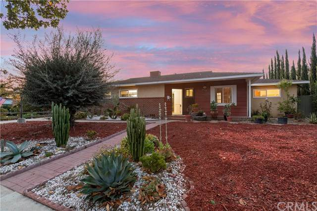 2528 French Street, Santa Ana, CA 92706 (#OC20248927) :: Berkshire Hathaway HomeServices California Properties