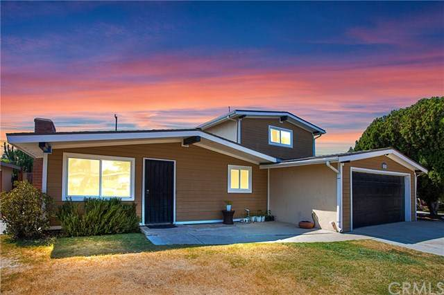 2221 Maple Street, Costa Mesa, CA 92627 (#NP20251609) :: Wendy Rich-Soto and Associates