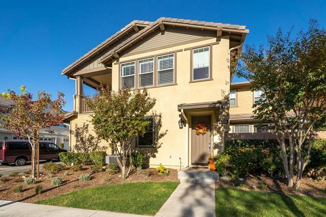 3203 Lisbon Lane, Oxnard, CA 93036 (#V1-2864) :: Bathurst Coastal Properties