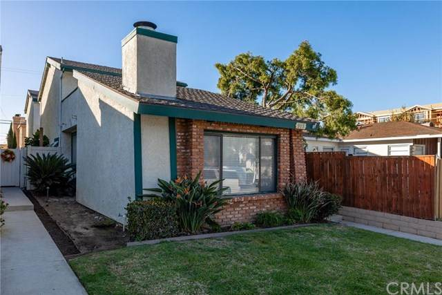915 Huntington Street, Huntington Beach, CA 92648 (#LG20252046) :: Wendy Rich-Soto and Associates