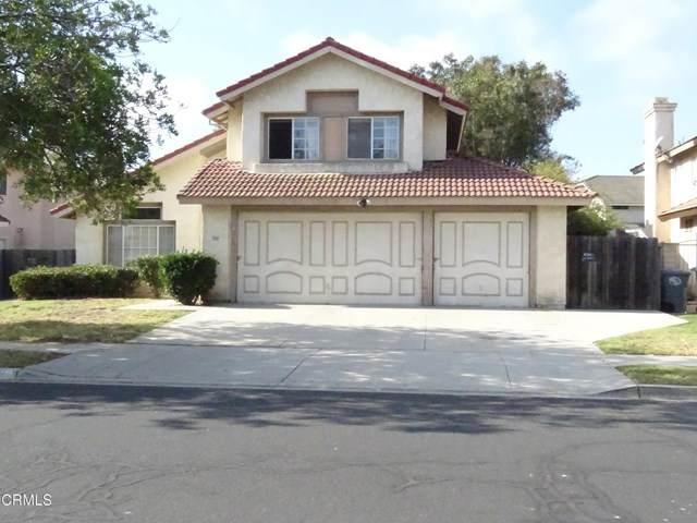 701 Coronado Place, Oxnard, CA 93030 (#V1-2917) :: The DeBonis Team