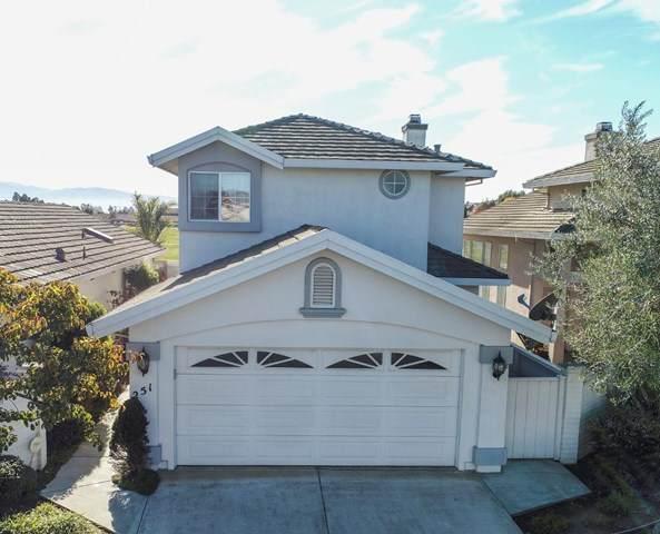 251 Montclair Lane, Salinas, CA 93906 (#ML81822843) :: The Alvarado Brothers
