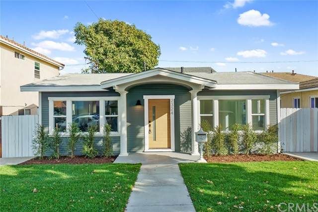2324 S Alma Street, San Pedro, CA 90731 (#PW20255854) :: Team Forss Realty Group