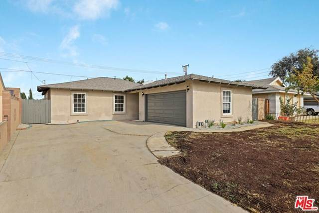 1335 E 216Th Street, Carson, CA 90745 (#20669886) :: The DeBonis Team
