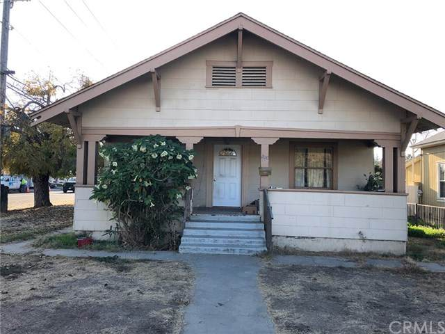 200 N Lake Street, Madera, CA 93638 (#MD20256142) :: Millman Team