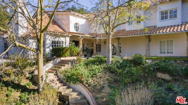 21126 Bellini Drive, Topanga, CA 90290 (#20670182) :: The Alvarado Brothers