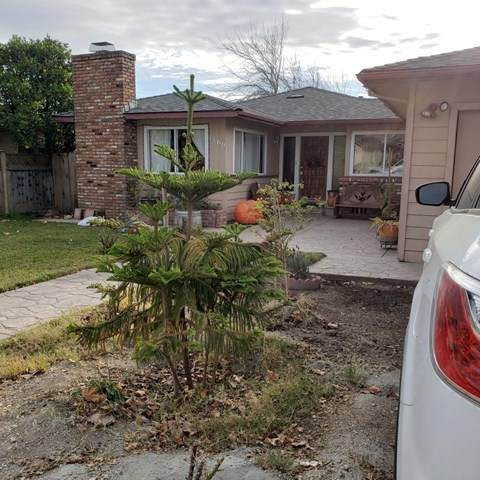 1160 Walker Drive, Soledad, CA 93960 (#ML81823189) :: The Alvarado Brothers