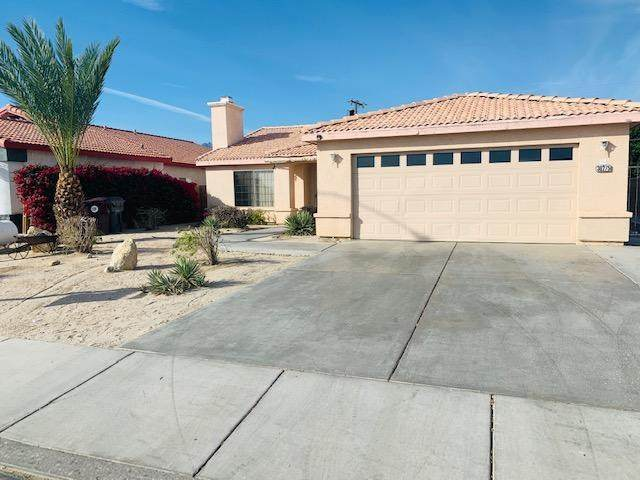 30275 Avenida Los Ninos, Cathedral City, CA 92234 (#219054453DA) :: Bob Kelly Team