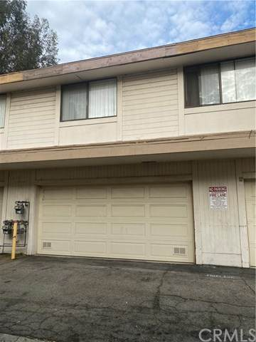 10159 Arleta Avenue #5, Arleta, CA 91331 (#DW20258255) :: The Alvarado Brothers