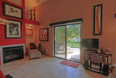 204 Lakecrest Lane, Palm Desert, CA 92260 (#219054652DA) :: Compass