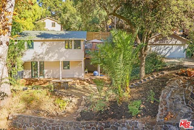21531 Highvale Trail, Topanga, CA 90290 (#20672358) :: The Alvarado Brothers