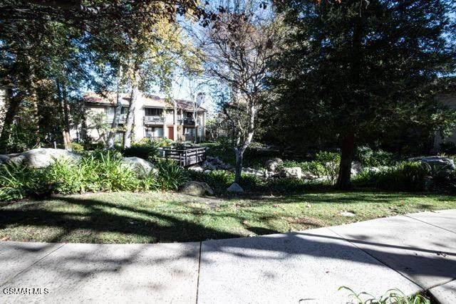 21901 Burbank Boulevard #186, Woodland Hills, CA 91367 (#220011436) :: American Real Estate List & Sell