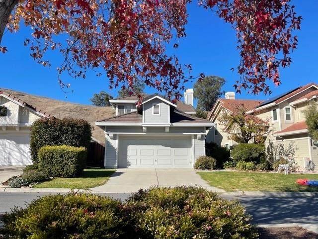 21108 Country Park Road, Salinas, CA 93908 (#ML81823801) :: Compass
