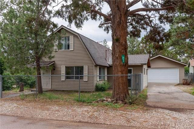 866 Lakewood Drive, Big Bear, CA 92314 (#EV20262004) :: The Alvarado Brothers