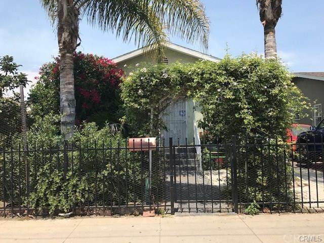 331 W 92nd Street, Los Angeles (City), CA 90003 (#TR20258874) :: Re/Max Top Producers