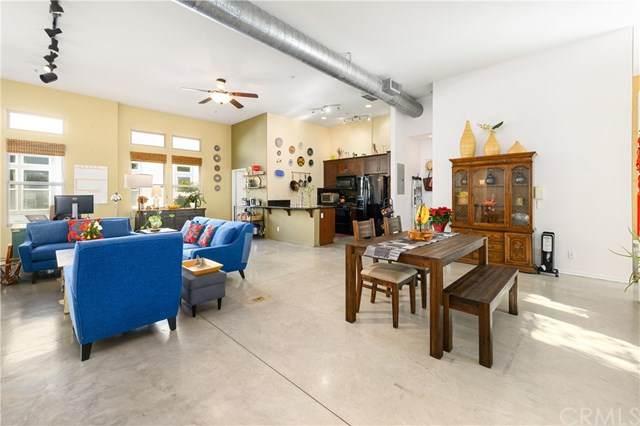 263 N Bush Street, Santa Ana, CA 92701 (#OC20258499) :: Better Living SoCal