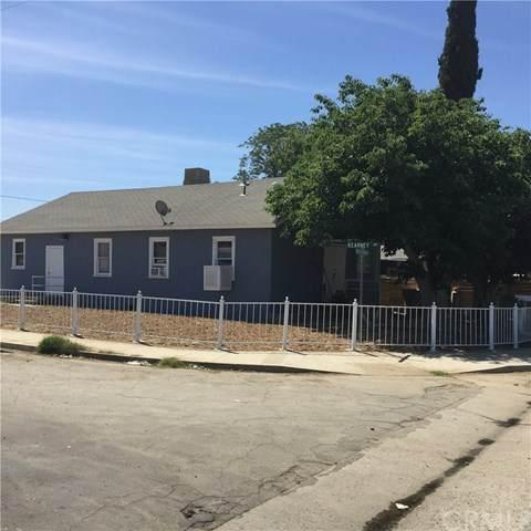 11001 Santa Barbara Street, Lamont, CA 93241 (#IV20262684) :: Team Forss Realty Group