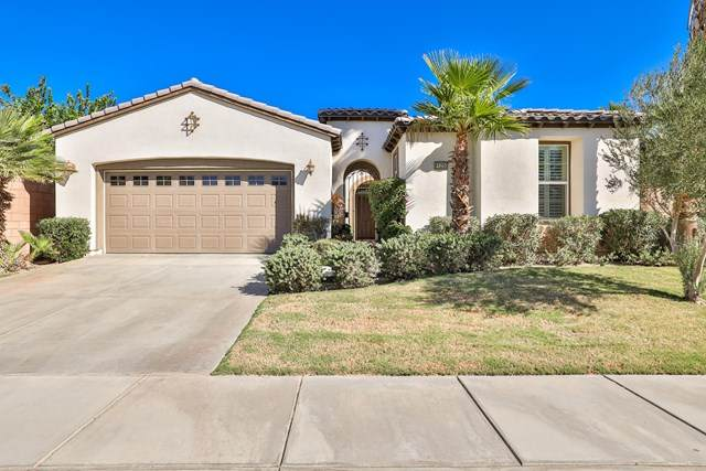 61250 Fire Barrel Drive, La Quinta, CA 92253 (#219054893DA) :: The DeBonis Team