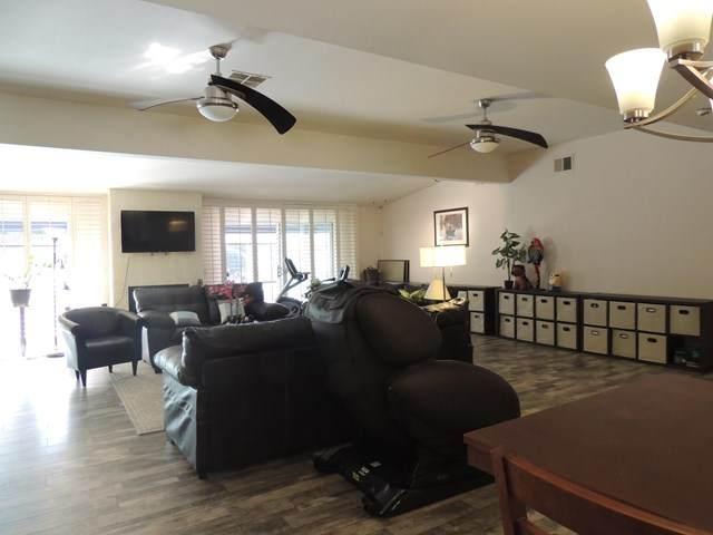 9 International, Rancho Mirage, CA 92270 (#219055071DA) :: American Real Estate List & Sell
