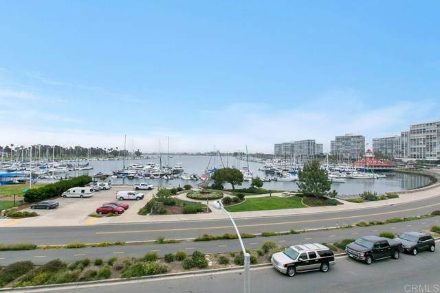 1625 Glorietta Boulevard, Coronado, CA 92118 (#PTP2100036) :: The Costantino Group | Cal American Homes and Realty