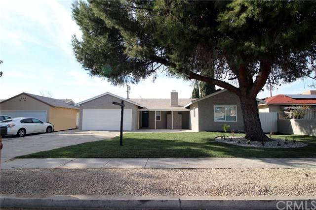 120 S Acacia Avenue, Rialto, CA 92376 (#CV21000859) :: Mainstreet Realtors®