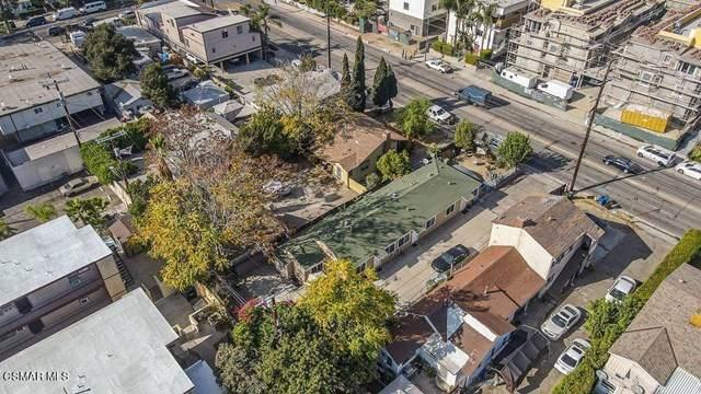 11334 Oxnard Street, North Hollywood, CA 91606 (#221000037) :: American Real Estate List & Sell
