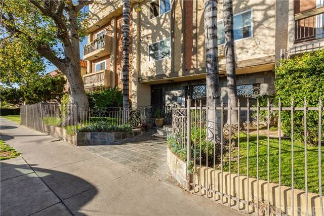 20327 Saticoy Street #104, Winnetka, CA 91306 (#SR21001965) :: The Alvarado Brothers