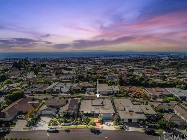 2707 Island View Drive, Corona Del Mar, CA 92625 (#NP20246483) :: Mint Real Estate
