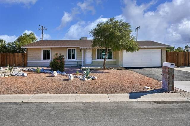 3080 N Chuperosa Road, Palm Springs, CA 92262 (#219055282PS) :: The DeBonis Team