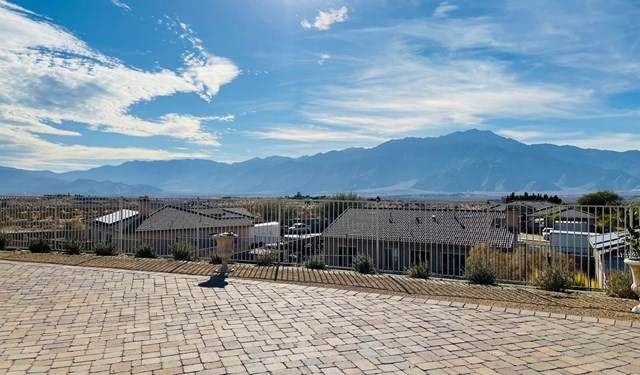 13865 Overlook Drive, Desert Hot Springs, CA 92240 (#219055320DA) :: Re/Max Top Producers