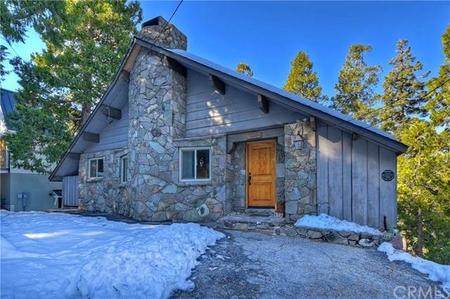470 Pyramid Drive, Lake Arrowhead, CA 92352 (#EV21002893) :: Bob Kelly Team