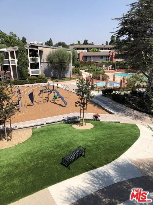 6215 Green Valley Circle - Photo 1