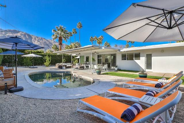 1073 E San Lorenzo Road, Palm Springs, CA 92264 (#219055356DA) :: Re/Max Top Producers