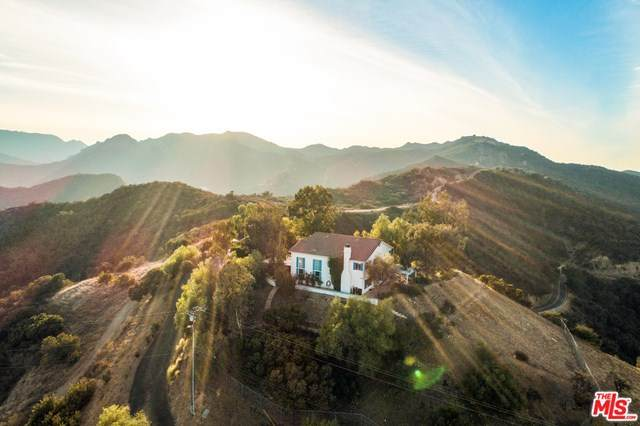 2693 Old Topanga Canyon Road, Topanga, CA 90290 (#20674304) :: The Alvarado Brothers