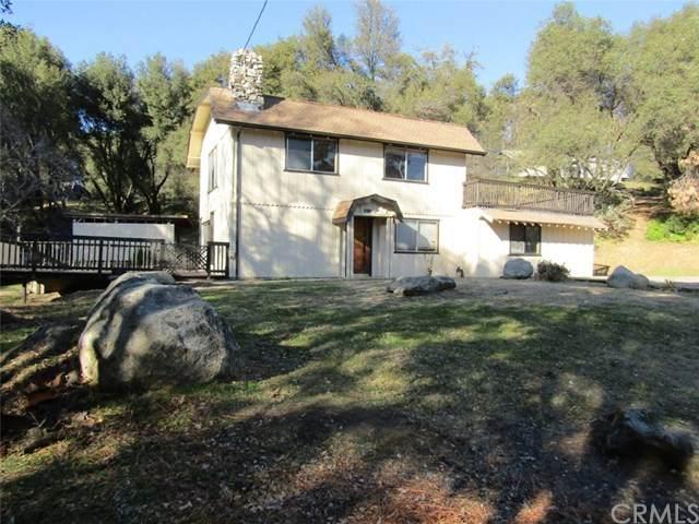 38580 Bon Veu Place, Oakhurst, CA 93644 (#FR21004610) :: Bob Kelly Team