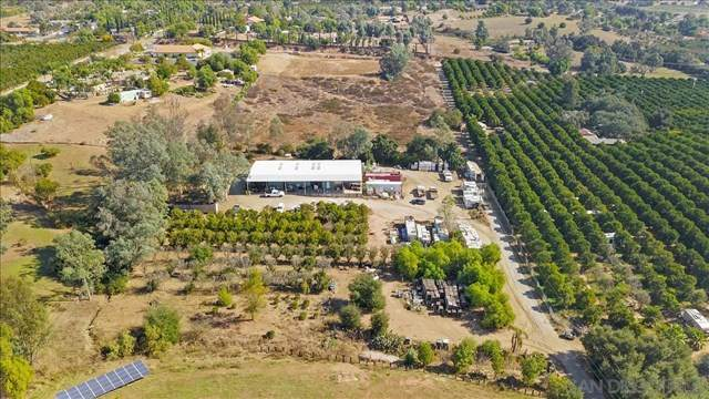 29811 Miller Rd., Valley Center, CA 92082 (#210000558) :: Realty ONE Group Empire