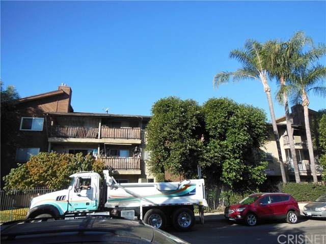 8505 Columbus Avenue #314, North Hills, CA 91343 (#SR21002575) :: Bob Kelly Team