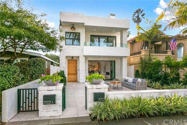 702 Marguerite Avenue, Corona Del Mar, CA 92625 (#OC21003370) :: Mint Real Estate