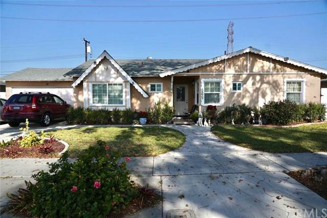 1573 W Stoneman Place, Anaheim, CA 92802 (#PW21005837) :: The DeBonis Team