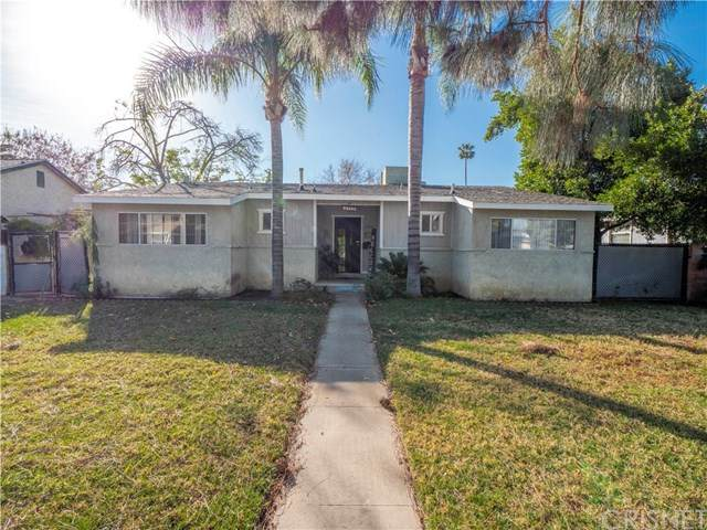 15918 San Fernando Mission Boulevard, Granada Hills, CA 91344 (#SR21005998) :: Bob Kelly Team