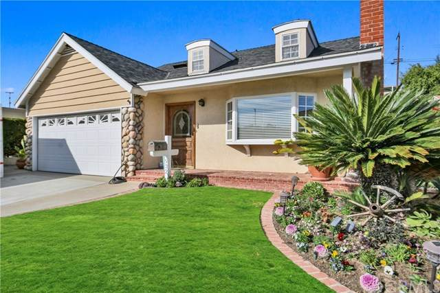 932 W Bloomwood Road, San Pedro, CA 90731 (#SB21000098) :: The Results Group