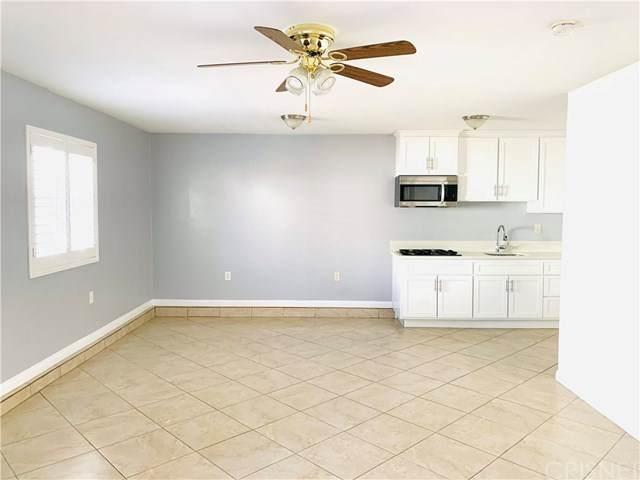 13051-13049 Alexander Street, Sylmar, CA 91342 (#SR21006540) :: Compass