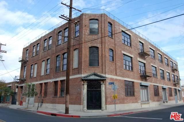 652 Mateo Street - Photo 1