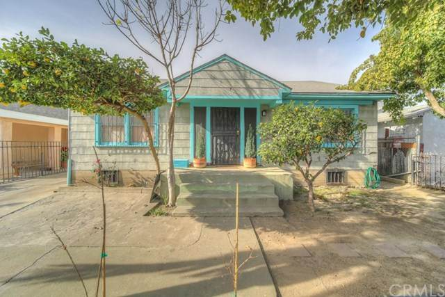 10819 Mona Boulevard, Los Angeles (City), CA 90059 (#SW21007405) :: Bob Kelly Team