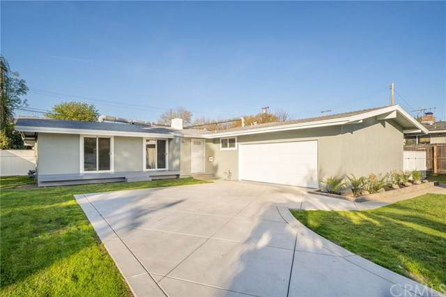 1039 E Walnut Avenue, Glendora, CA 91741 (#OC21007713) :: RE/MAX Masters