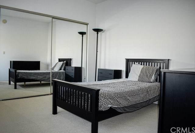 1818 Glendon Avenue #203, Los Angeles (City), CA 90025 (#TR21007303) :: Powerhouse Real Estate