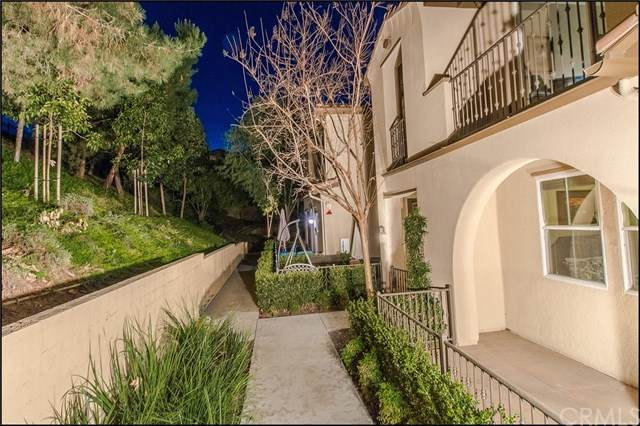 102 Playa Circle, Aliso Viejo, CA 92656 (#OC21007220) :: Laughton Team | My Home Group