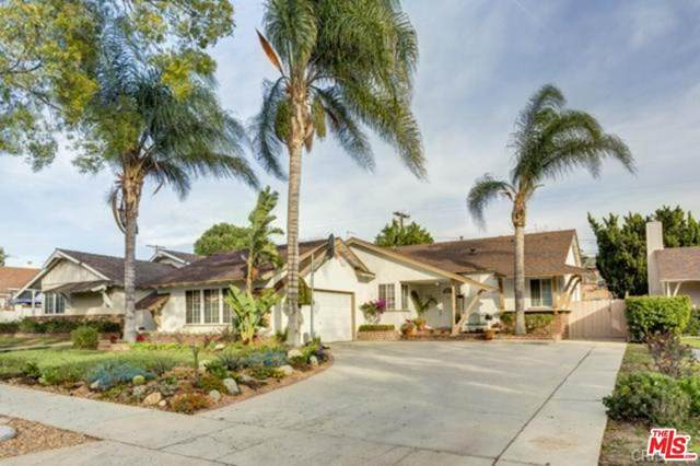 9952 Columbus Avenue, Mission Hills (San Fernando), CA 91345 (#21680176) :: American Real Estate List & Sell