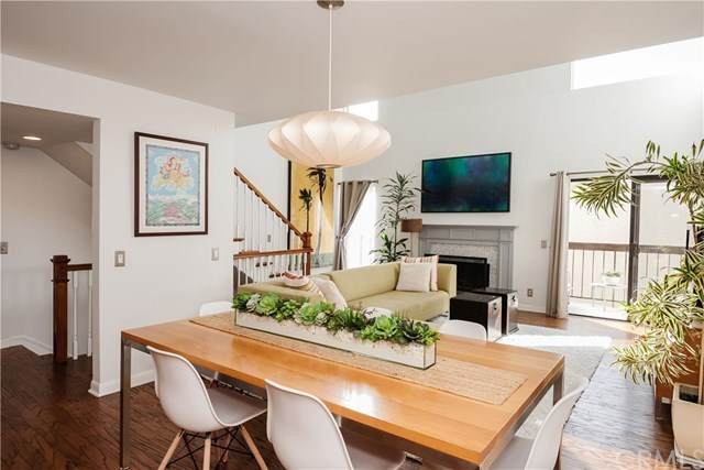 703 4th Street B, Hermosa Beach, CA 90254 (#SB21006412) :: The Miller Group