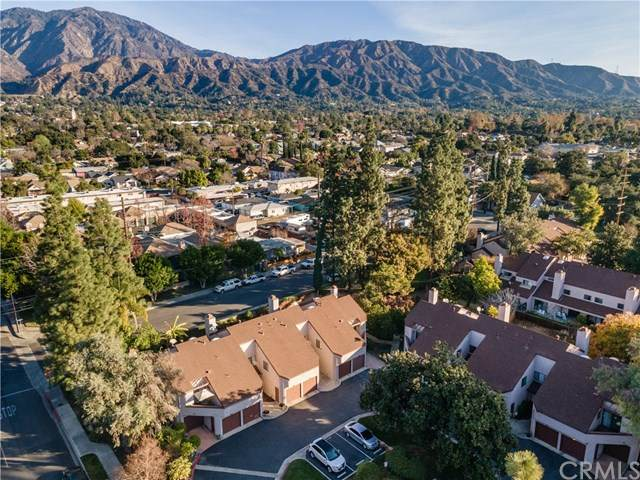 810 S Canyon Boulevard D, Monrovia, CA 91016 (#OC21008597) :: The Results Group